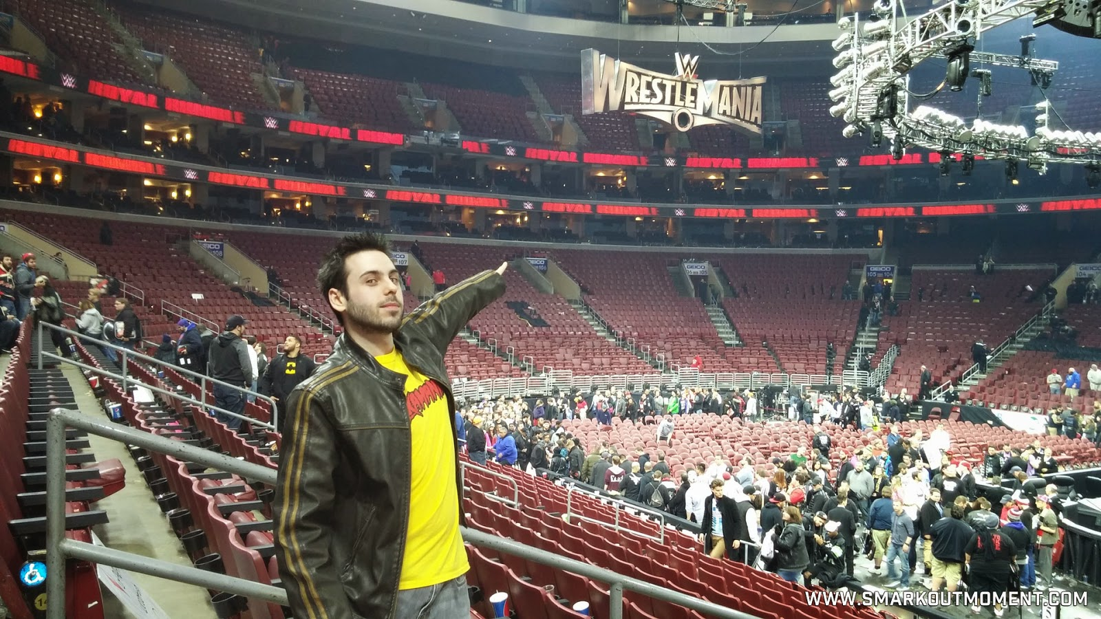 WWE Royal Rumble 2015 WrestleMania sign point