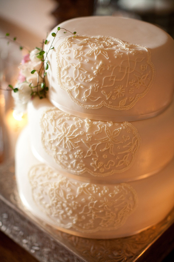 White Wedding Cakes 84 Fresh All White Wedding Cakes