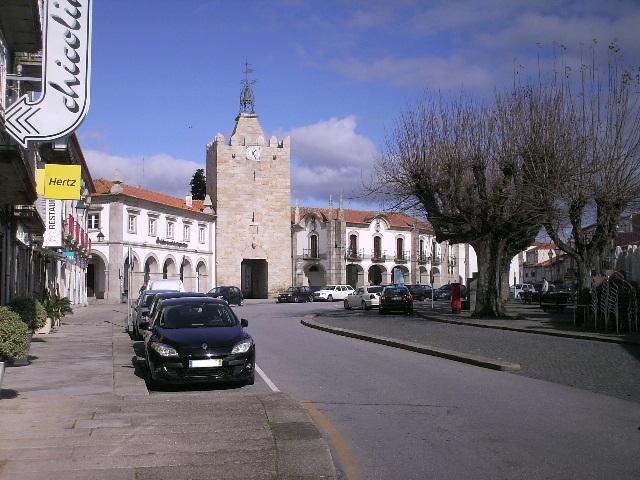 Torre do Relógio em frente ao Terreiro em Caminha
