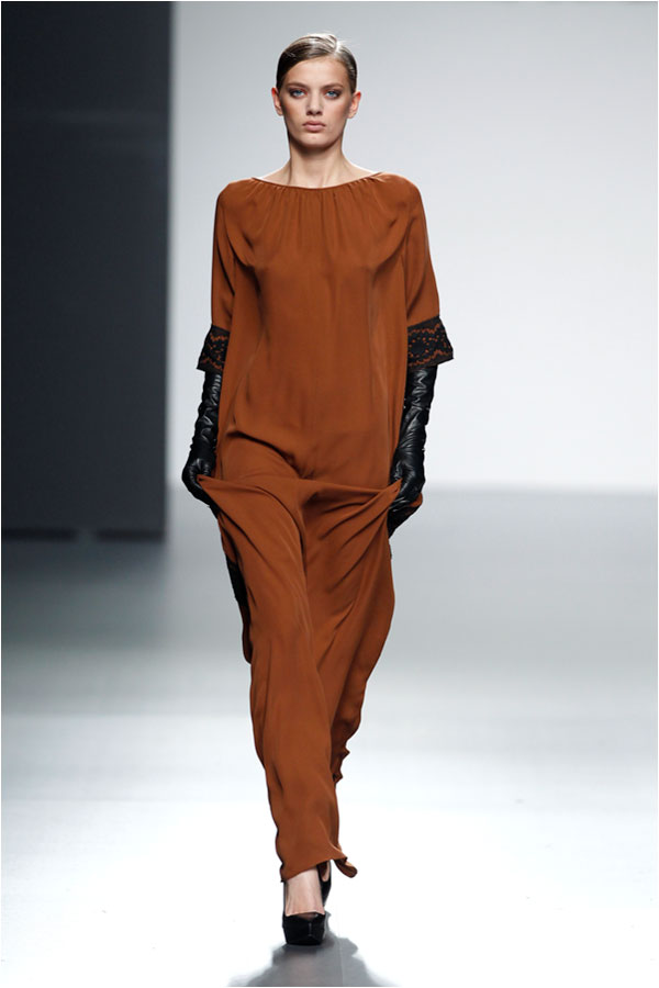 Fashion runway angel schlesser couture fall winter 2012 - Madrid chic style ...
