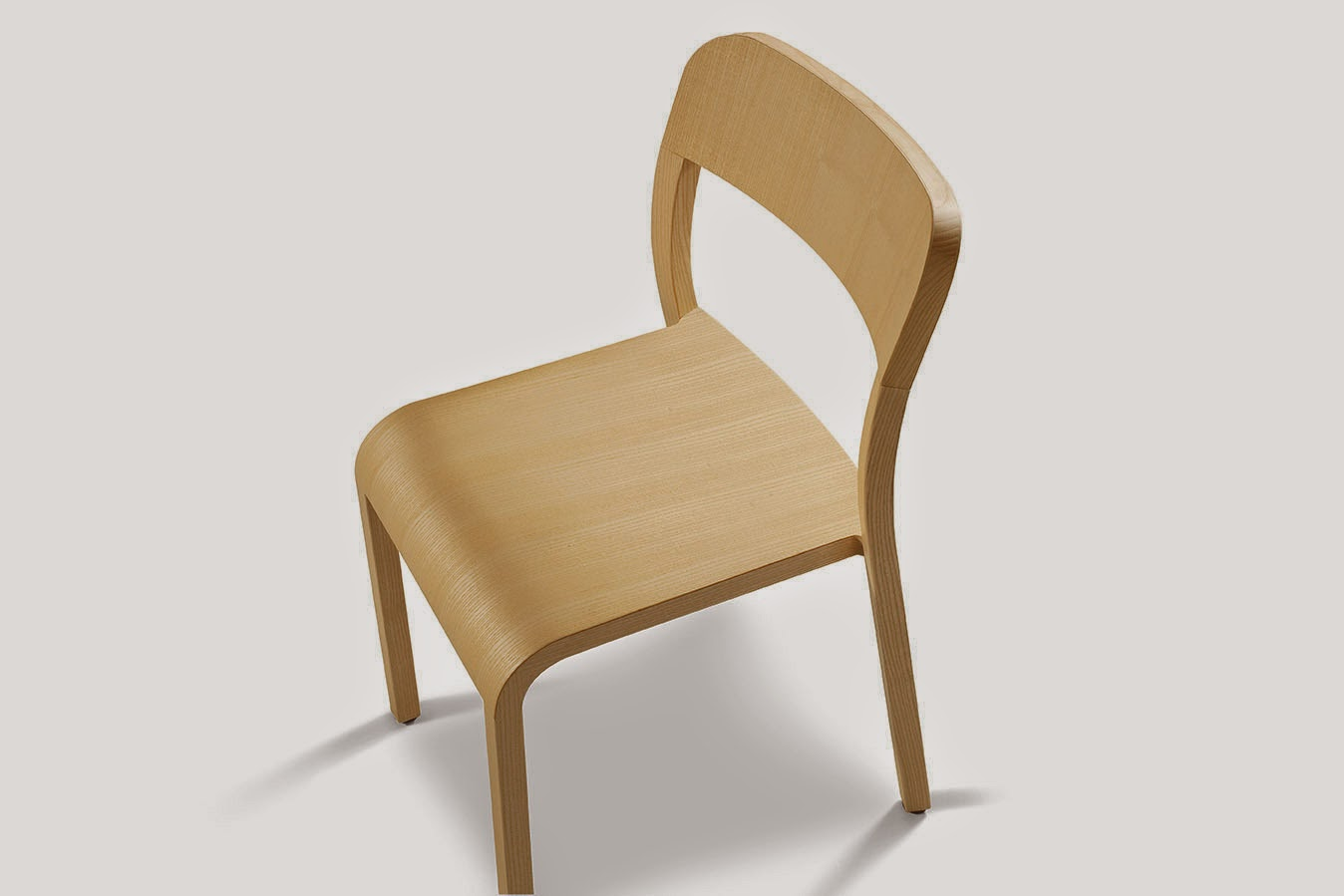 Natural ash-wooden lacquered Blocco chair