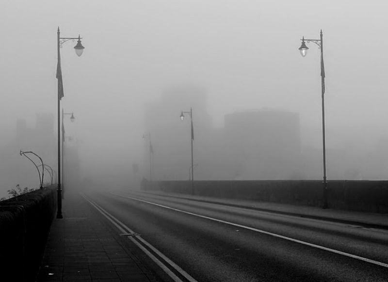 foggy-scenery-photo-06