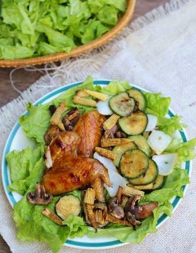 Grilled Chicken Wings with Vegetables - Cánh Gà Và Rau Củ Nướng