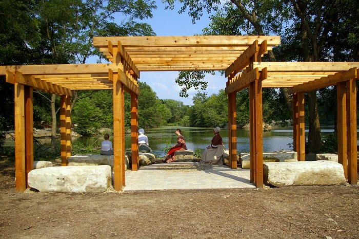 Large Pergolas Riverside Design 01