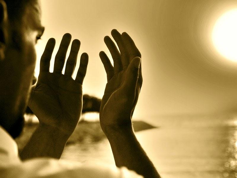 Sering kita melihat bahkan mengalami sendiri pada satu keadaan dimana kita menengadahk Berikut Ini Waktu Dan Tempat Mustajab Untuk berdoa