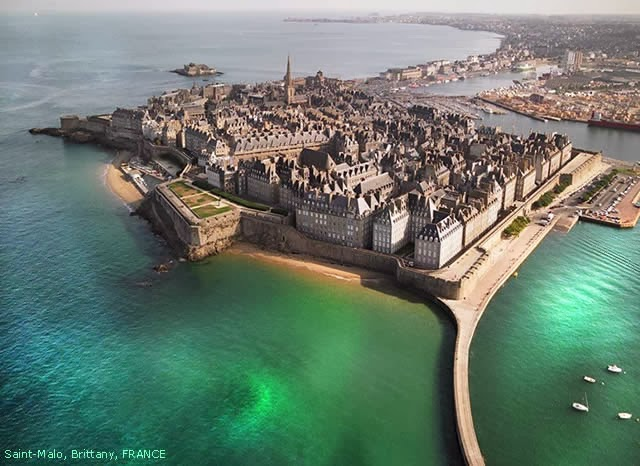 Saint-Malo - (Sant-Maloù) - Brittany, France