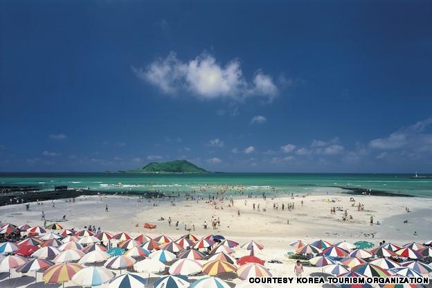 Hyeopjae Beach, Jeju Island (제주도 협재 해수욕장)