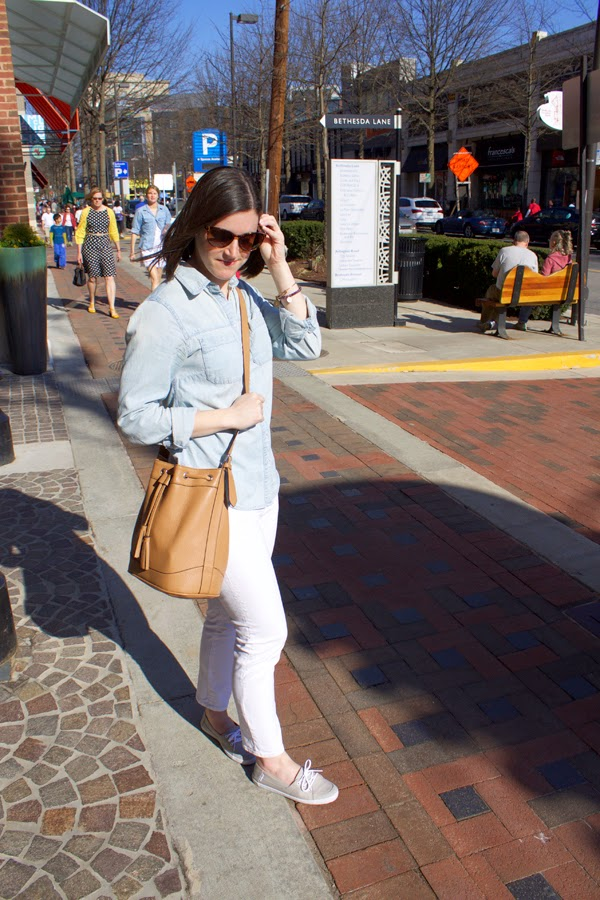 Bethesda Row, Bethesda, white jeans, Gap Jeans, chambray shirt, chambray, Vans, gray vans, vans shoes, bucket bag, tan bucket bag, old navy bucket bag