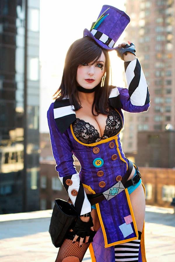 Jessica Nigri cosplays de Mad Moxxi