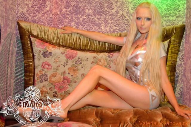 valeriya-lukyanova-eroticheskie-foto