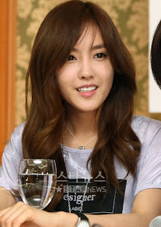 Hyomin long hair
