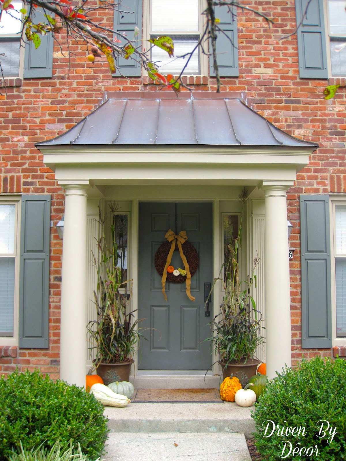Decorating my front porch for fall driven by decor for Exterior entryway design ideas