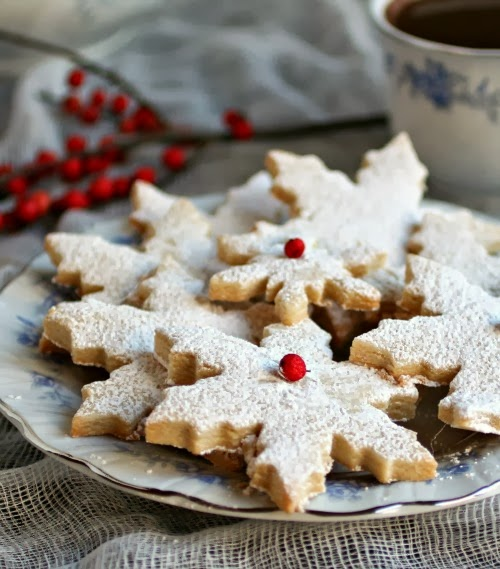 Hungry Couple: Almond Shortbread Cookies