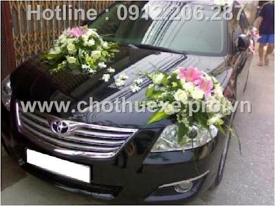 Mẫu hoa xe cưới đẹp XH 071