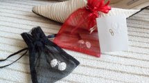 Y una moneda en el zapato……Joyería online de bisutería y joyas de plata