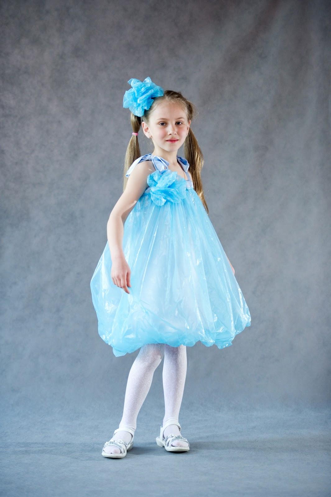 Платье своими руками из пластиковых пакетов 87