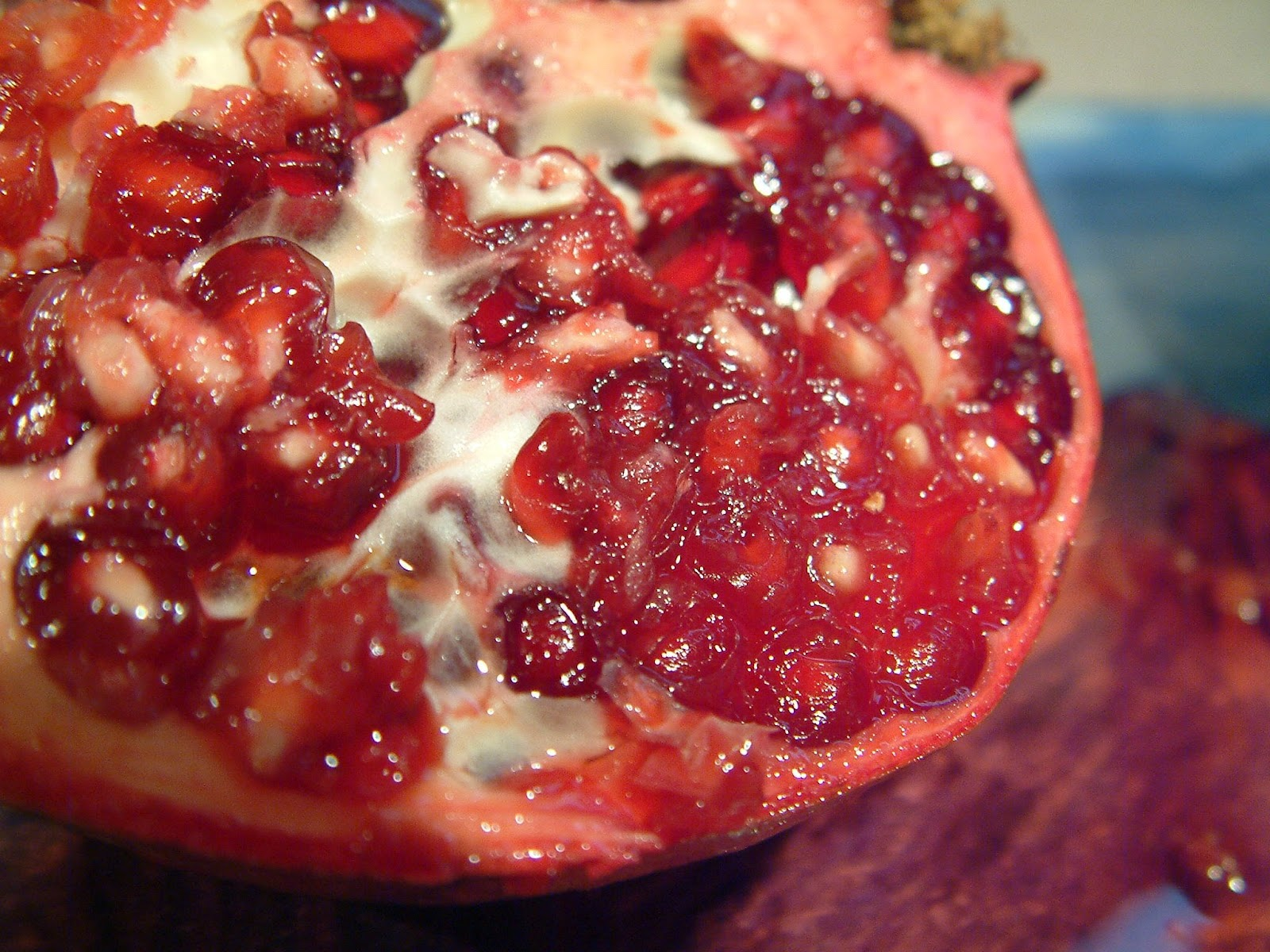 how to cut a pomegranate facebook