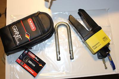 Abus skivbromslås säljes. Två nycklar finns. Se bild på låset.