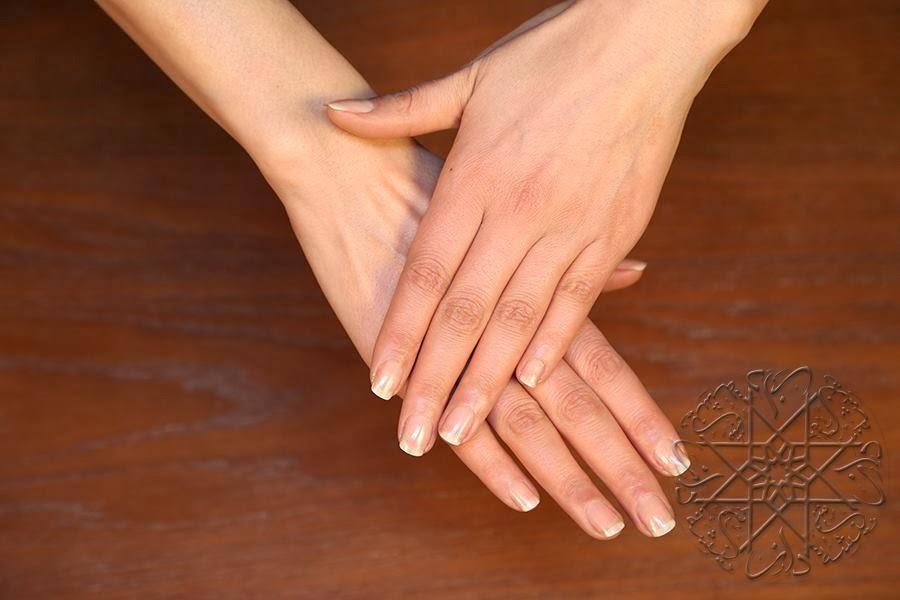 ترطيب وتنعيم اليدين طبيعيا بأفضل وأسهل طريقة