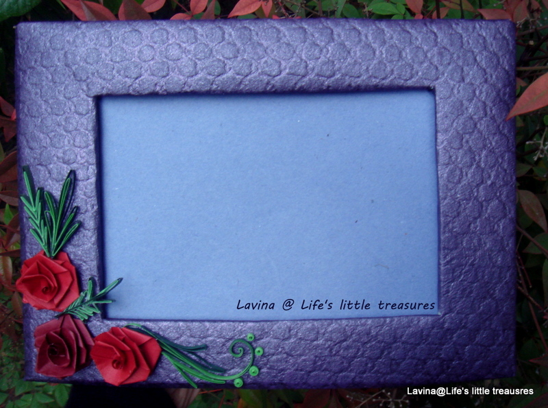 Life\'s little treasures: Handmade frame with quilled roses