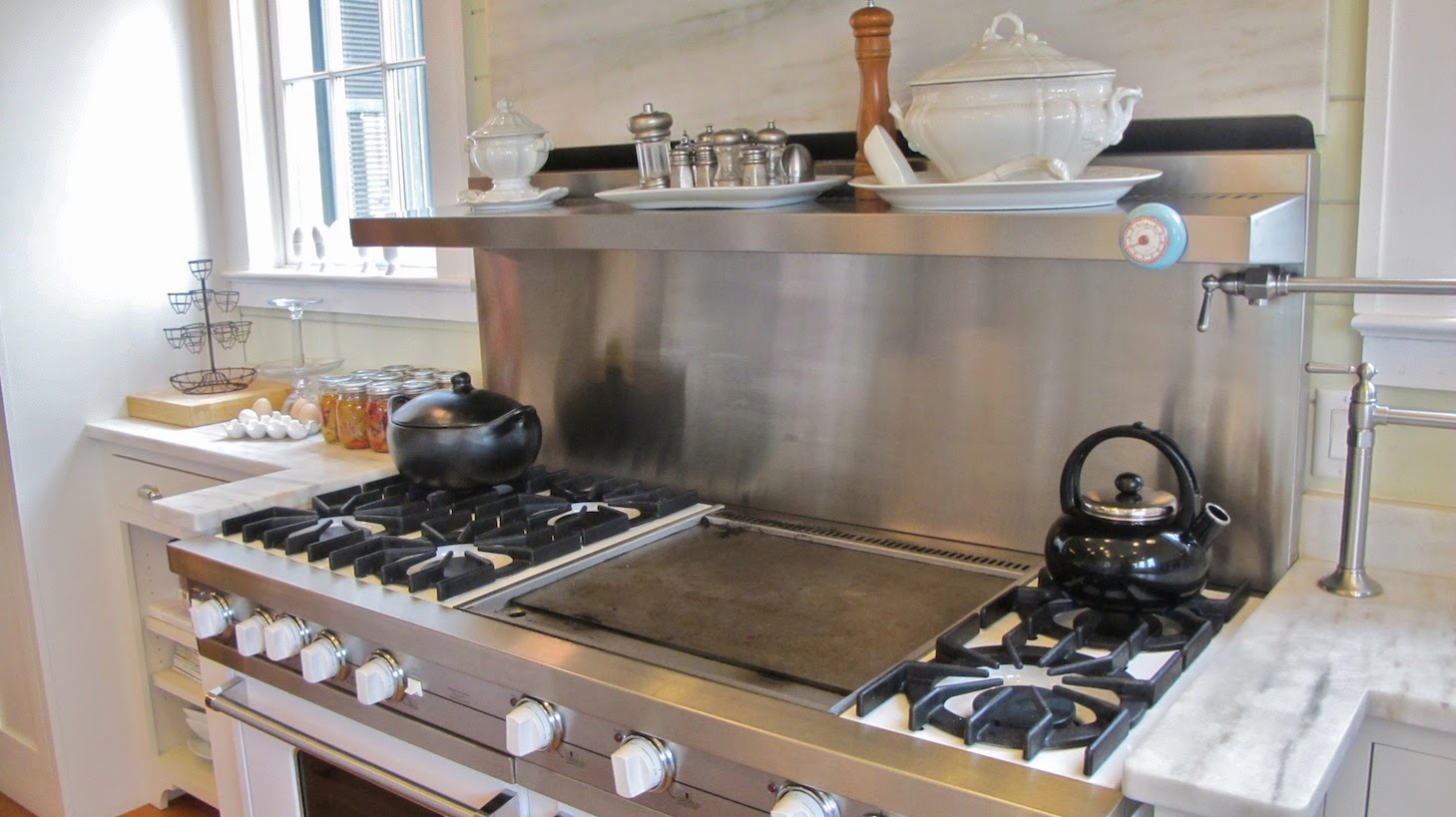 P Allen Smith Moss Mountain Garden Home kitchen shot stove2 (c)nwafoodie
