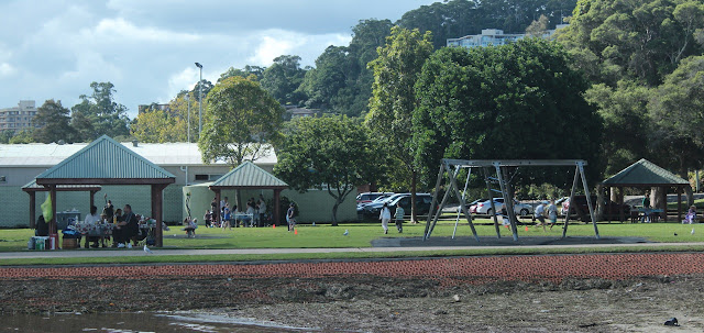 Gosford waterfront picnic shelters