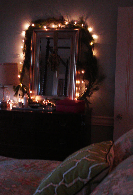 Loft Cottage Cozy Christmas Bedroom