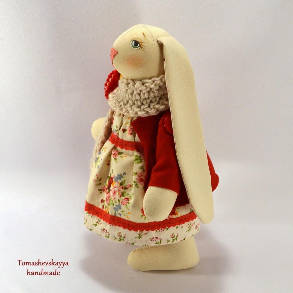 Зайка текстильная. Игрушка заяц. Картинка зайка.