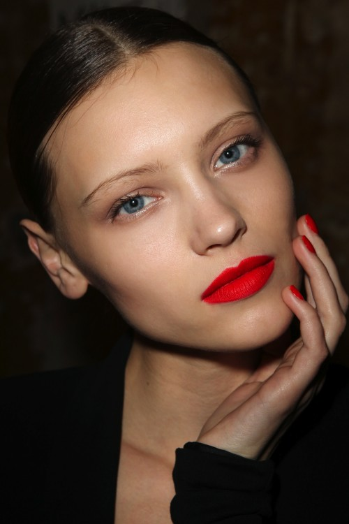 Beauty By Blue Eyes Weekend Inspiration Red Lips