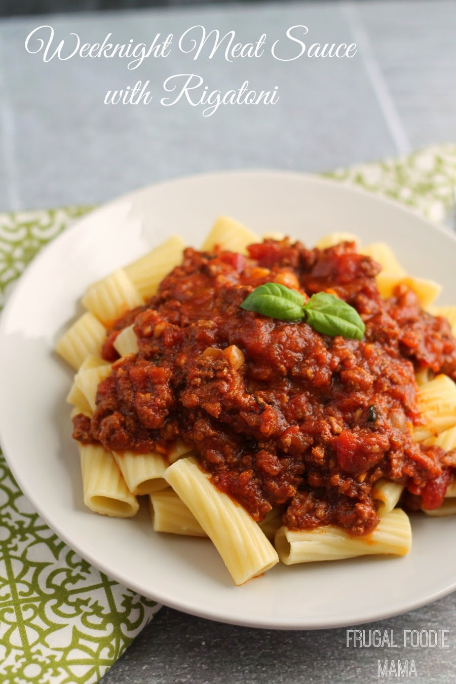 Weeknight Meat Sauce with Rigatoni- this rich and hearty homemade pasta sauce simmers all day in your slow cooker