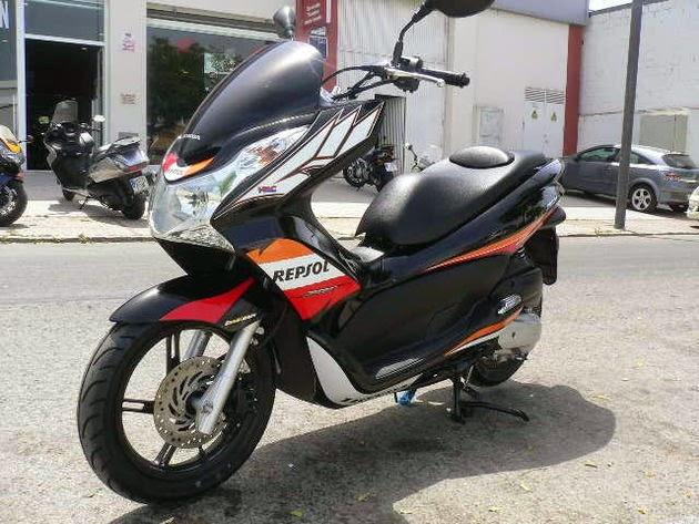 Modifikasi Honda PCX 125 Repsol