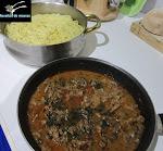 Esparguete com carne estufada
