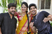 kundanapu bomma star cast photos-thumbnail-13