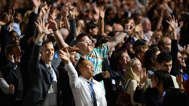 Público comemora aprovação do casamento entre pessoas do mesmo sexo em Maryland (Foto: AP)