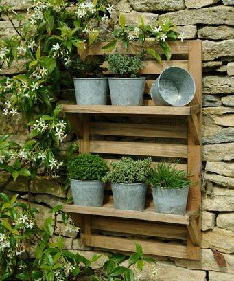 jardim vertical  com pallet, Decorar a casa de forma simples, decoração com amor.