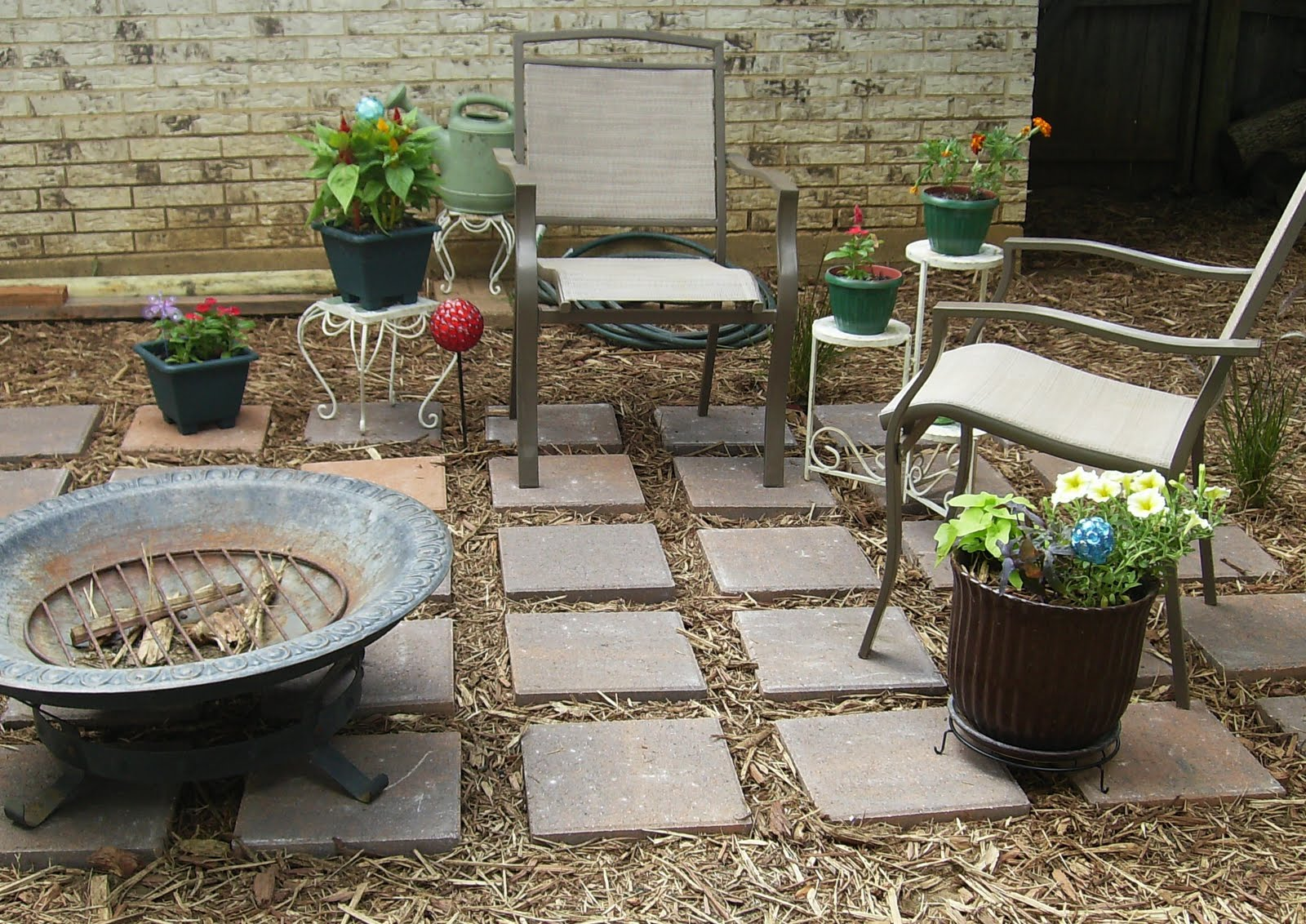 Support blog for moms of boys diy backyard oasis for Simple back patio ideas