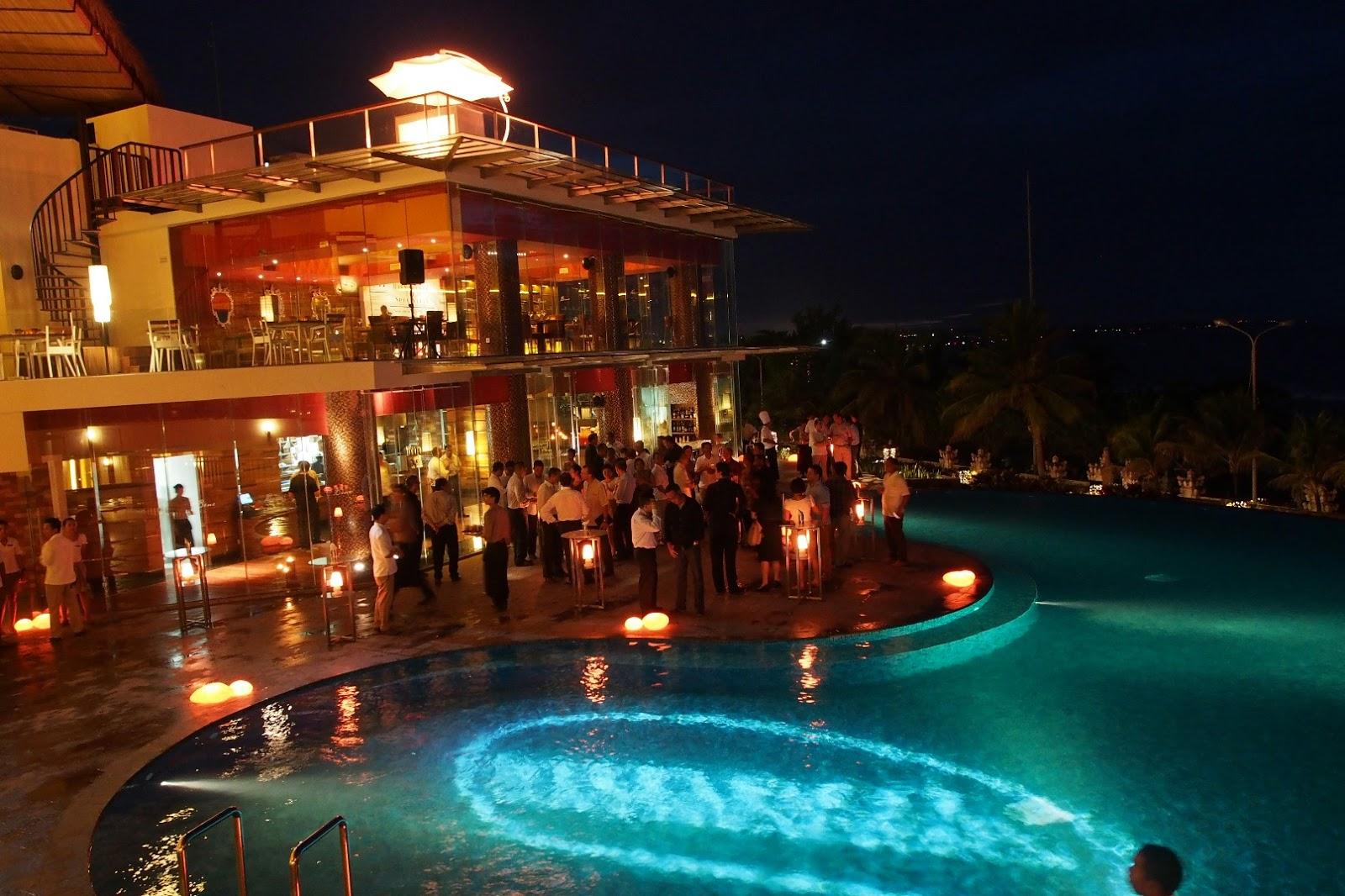 Resort in Kuta Official Site Sheraton Bali Kuta Resort - Holiday and ...