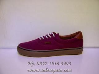 Sepatu Vans Era California Import merah marun murah