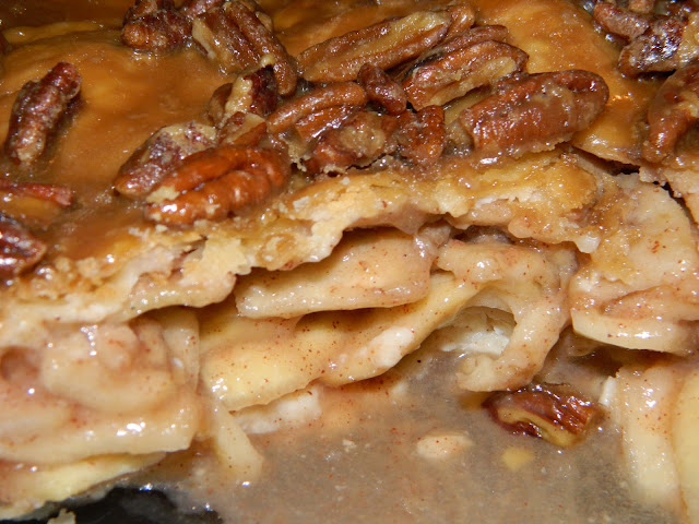"Recipe Review...""Apple Praline Pie"""