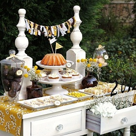 Graduation Table Ideas 10 fun graduation party ideas 50 Ideas For Graduation The Cottage Market