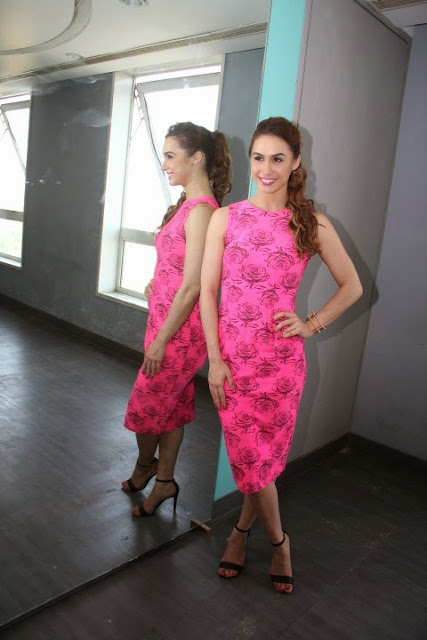 Lauren Gottlieb Looks Super Sexy In Pink Dress At Film 'Welcome To Karachi' Promotions At Honey Homes In Mumbai