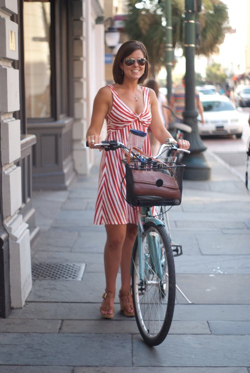 womens southern fashion, womens fashion in Charleston, Street style and fashion photography in Charleston South Carolina