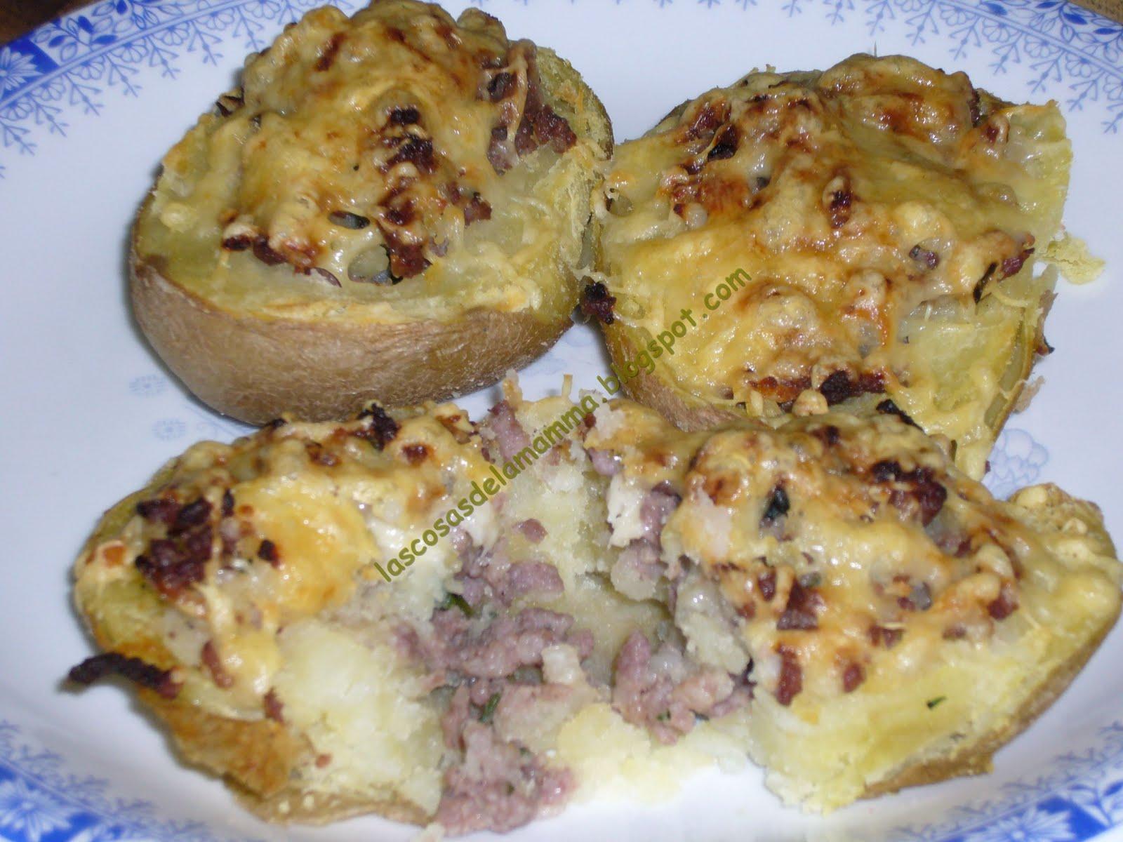 Papa rellena de carne for Cocinar patatas rellenas