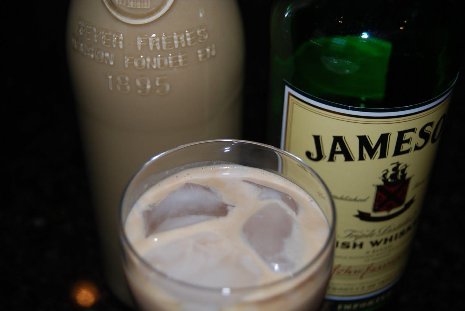 Monster Mama: Homemade Baileys Irish Cream