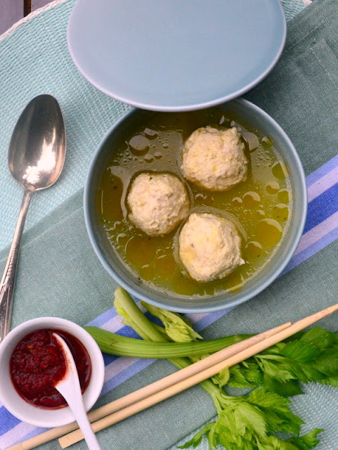 Indonesische Suppe Bakso Ayam