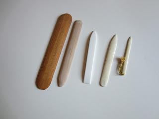 Encuadernalia herramientas y maquinaria en la for Herramientas que se utilizan en un vivero