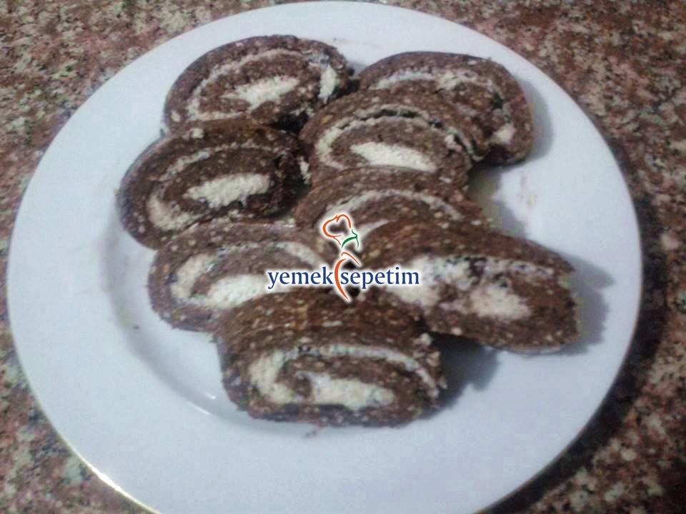 Hindistan Cevizli Rulo Pasta Tarifi