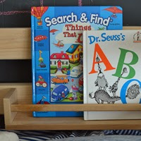 http://www.revamphomegoods.com/2013/12/diy-loft-bed-book-storage.html