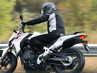 Spesifikasi CB500F, Moge Baru Honda, Tampilan Gahar Tongkrongan Nyaman