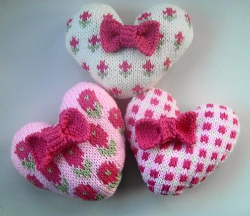 Valentines Day. Knitting Patterns.